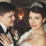 Постановочное фото на свадьбе