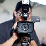 Видеооператор в процессе работы