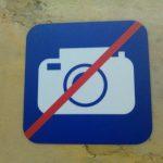 Запрет фото- и видеосъемки - значек