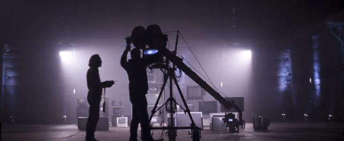 Видеооператор на съёмках клипа