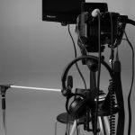 Видеокамера Sony FS-100 и зелёный фон