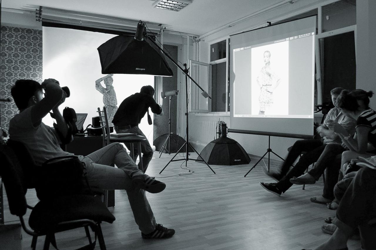 Лучший фотоаппарат для студийной съемки классического траулерного