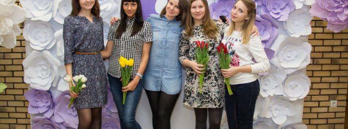 Видеооператор на Международный женский день